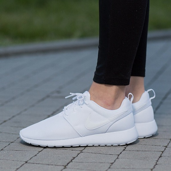 buy popular 4d5d6 a98b1 Nike roshe one all white shoes women s new